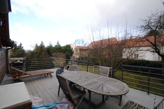 location maison THURET 5 pieces, 150m